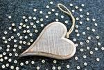 сердце деревянное