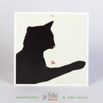 квадратная откртыка с черной кошкой