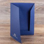 Фирменная папка из дизайнерской бумаги с тиснением