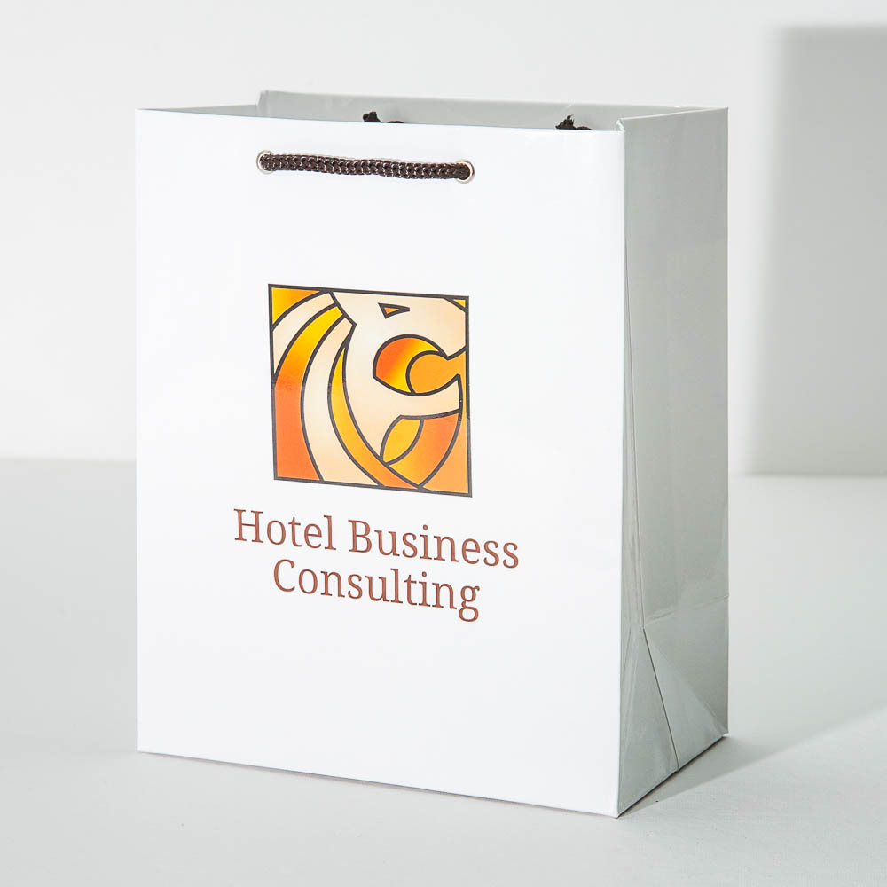 Пакет из ламинированной бумаги лимитированным тиражом