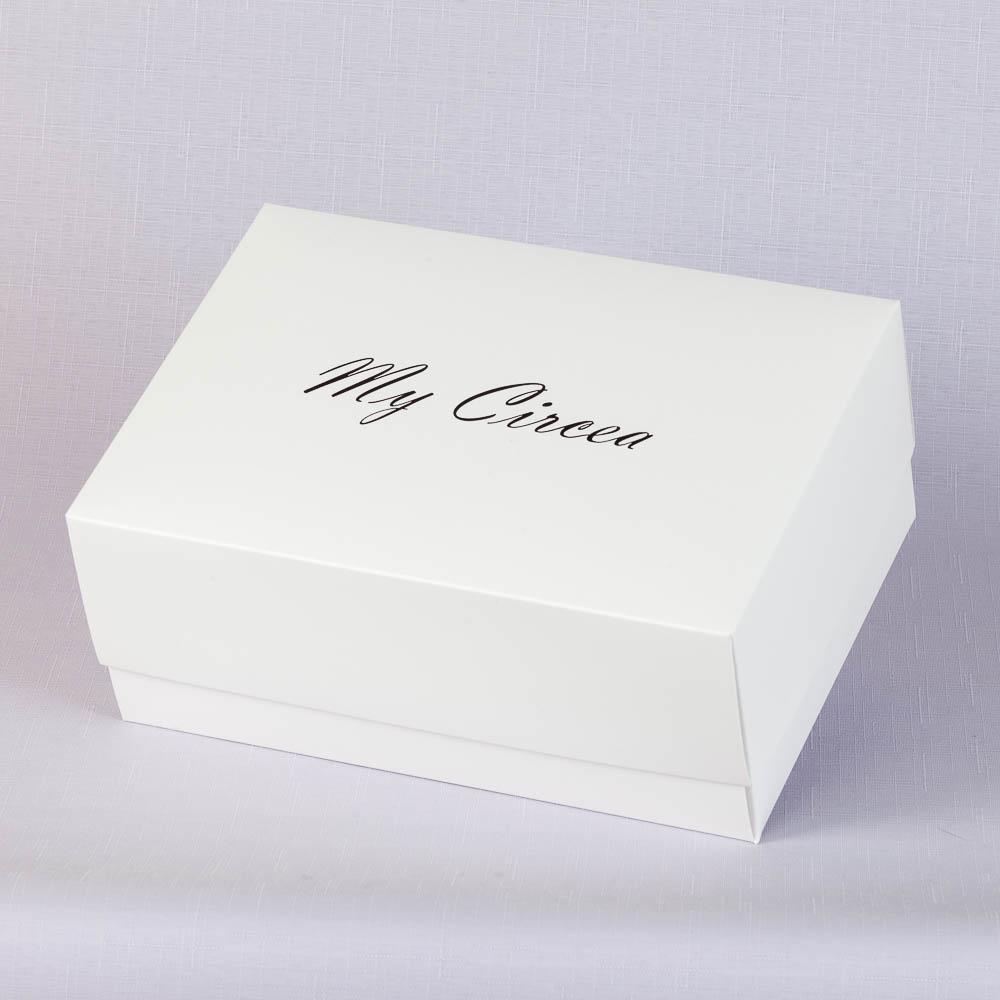 Коробка крышка-дно 240х170х100 с черным тиснением