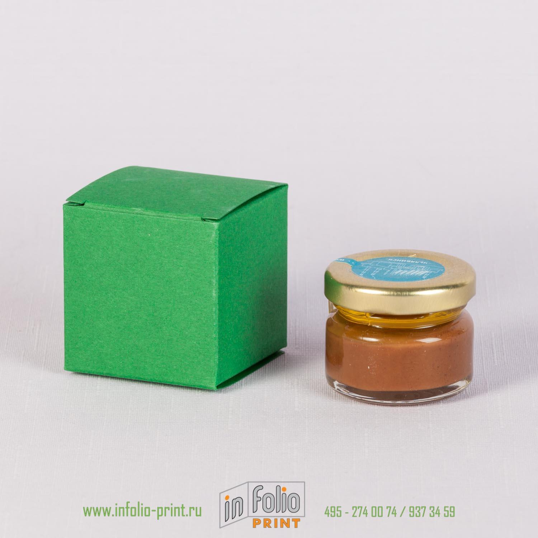 Боббоньерка из бумаги зеленного цвета