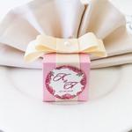 Бонбоньерка из розовой бумаги