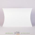 Упаковка в форме пирожка или подушки из белого маджестика