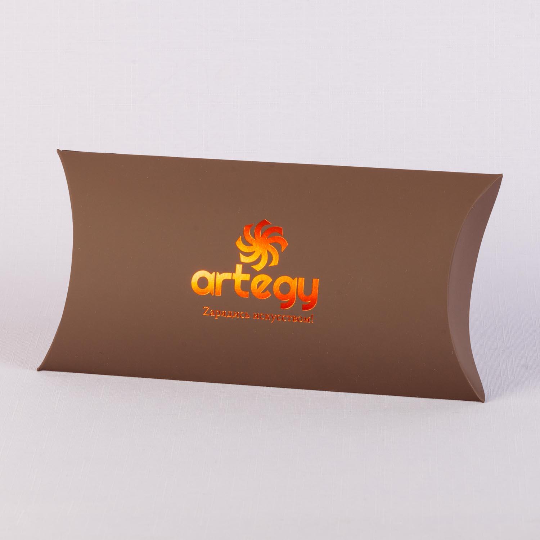 Упаковка подушечка из тачкавер с тиснением фольгой