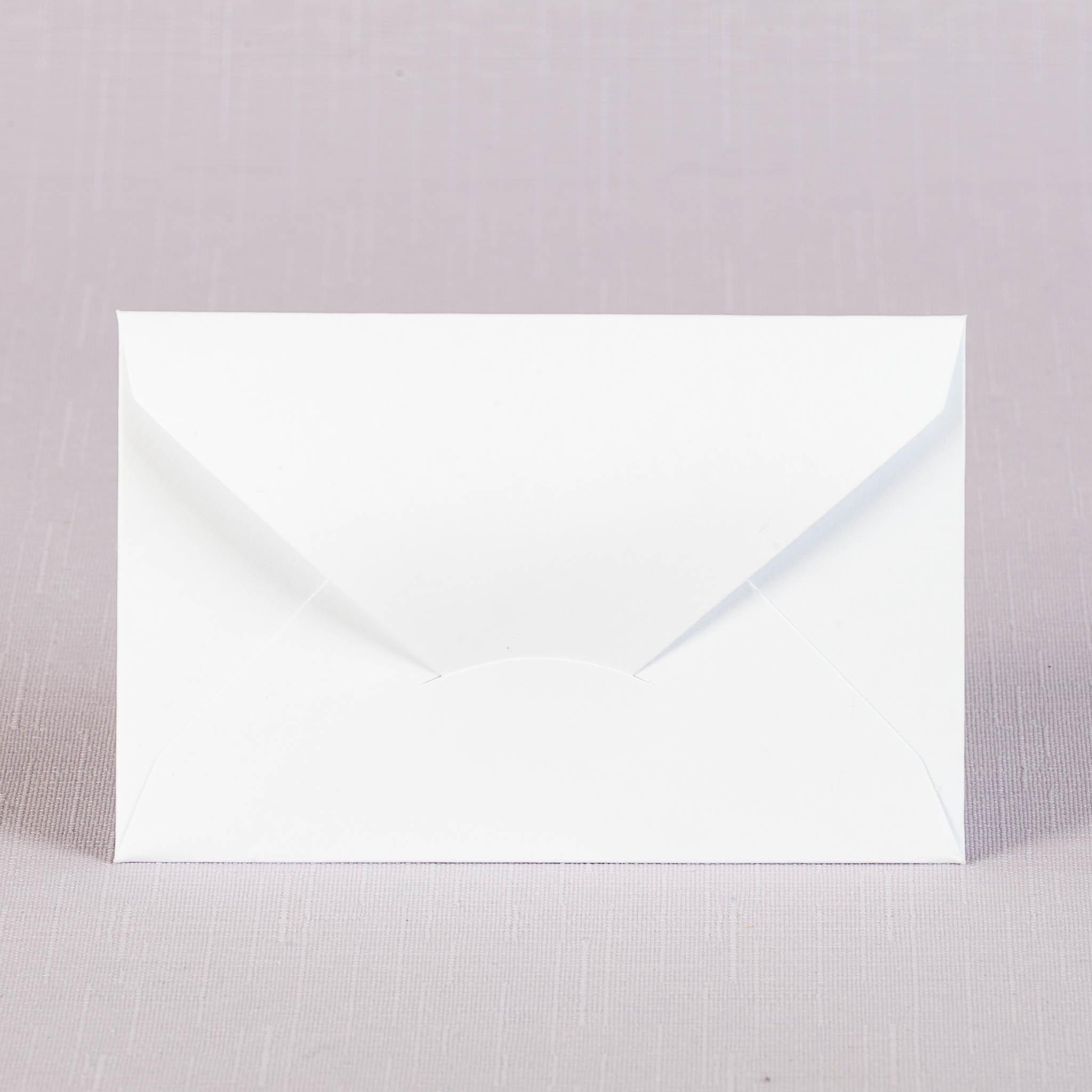 Конверт с треугольным клапаном С8 для приглашений