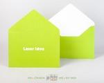 ярко зеленый конверт с треугольным клапаном