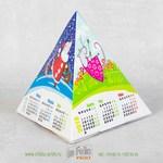 Календарь-пирамидка с глянцевой ламинацией самосборная