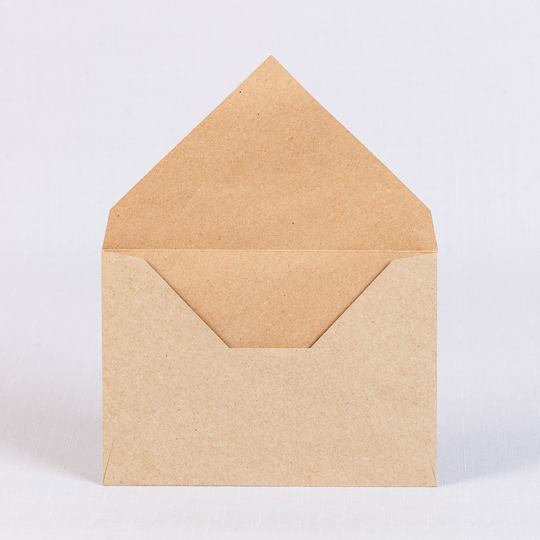 Крафт конверт С6 с треугольным клапаном