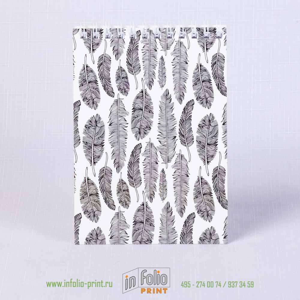 Блокнотик - орнамент из черных пёрышек