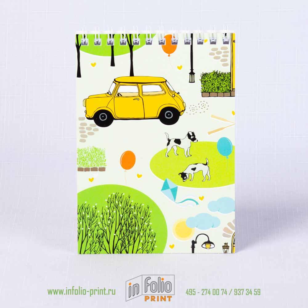 блокнотик с желтой машинкой