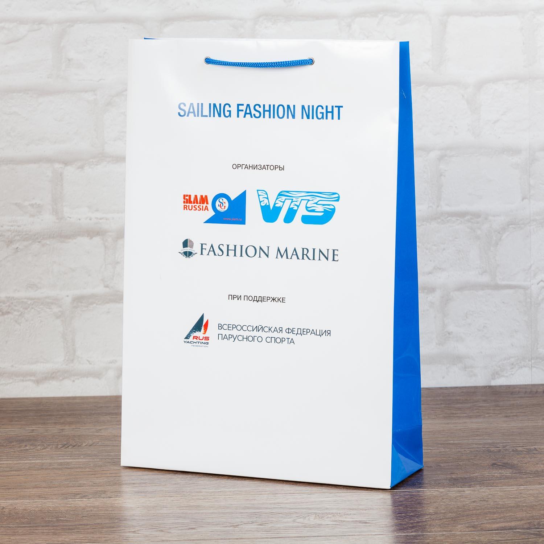 Пакет из бумаги А4+ с цветными боковинками
