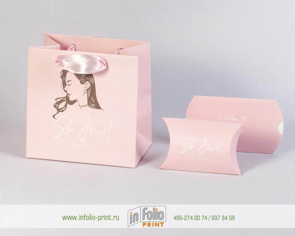 Пакет и коробочка для ювелирных украшений