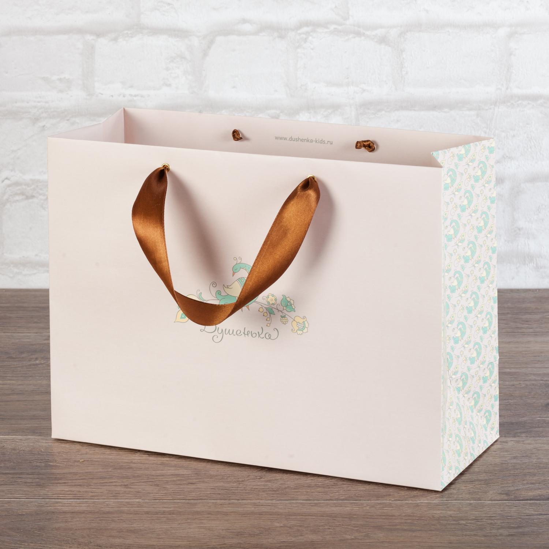 Упаковочный пакет для магазина с детской одеждой