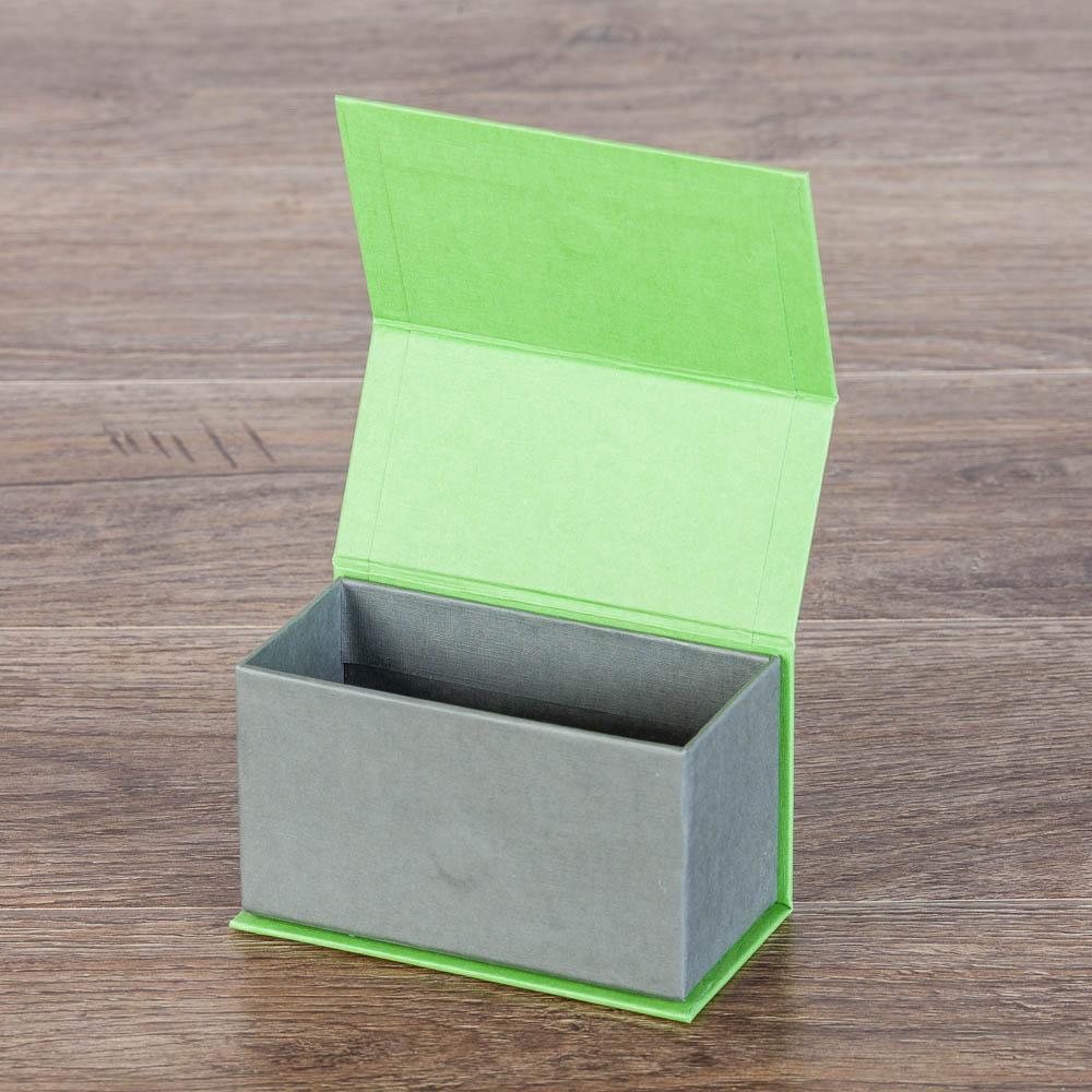 Коробка на магнитных замках