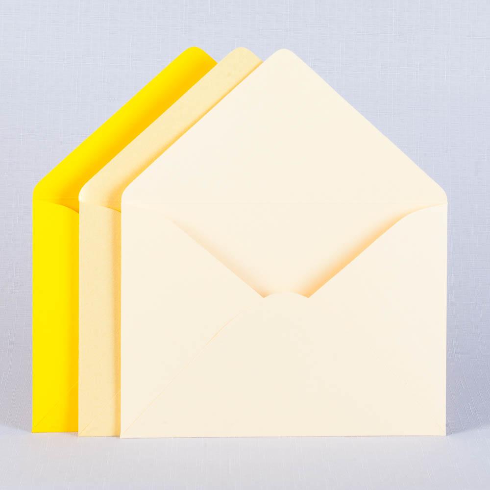 Конверты для свадьбы золотистого цвета