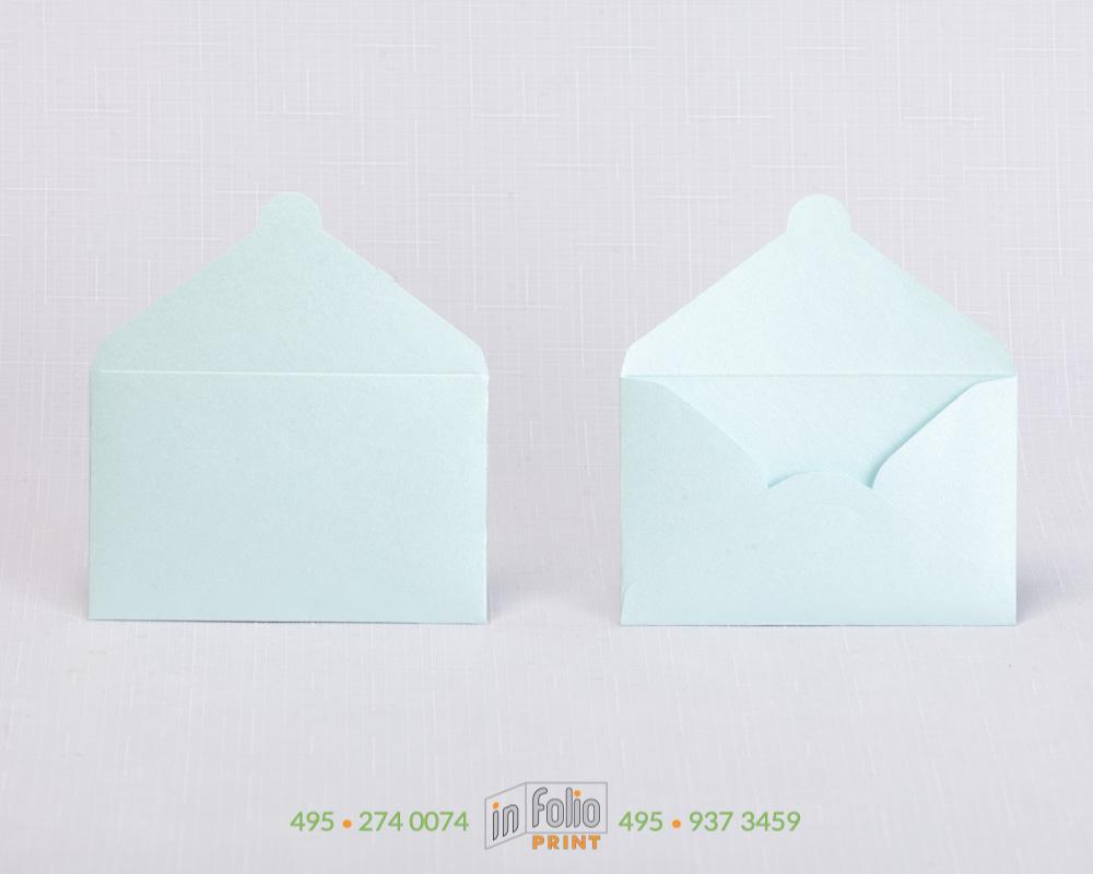 конверт для подарочной карты из голубой сияющей бумаги