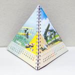 календарь настольный перекидной пирамидка