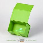 Коробка для хранения дорогих визиток с тиснением фольгой